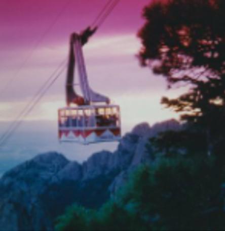 sandia_peak_tramway_2